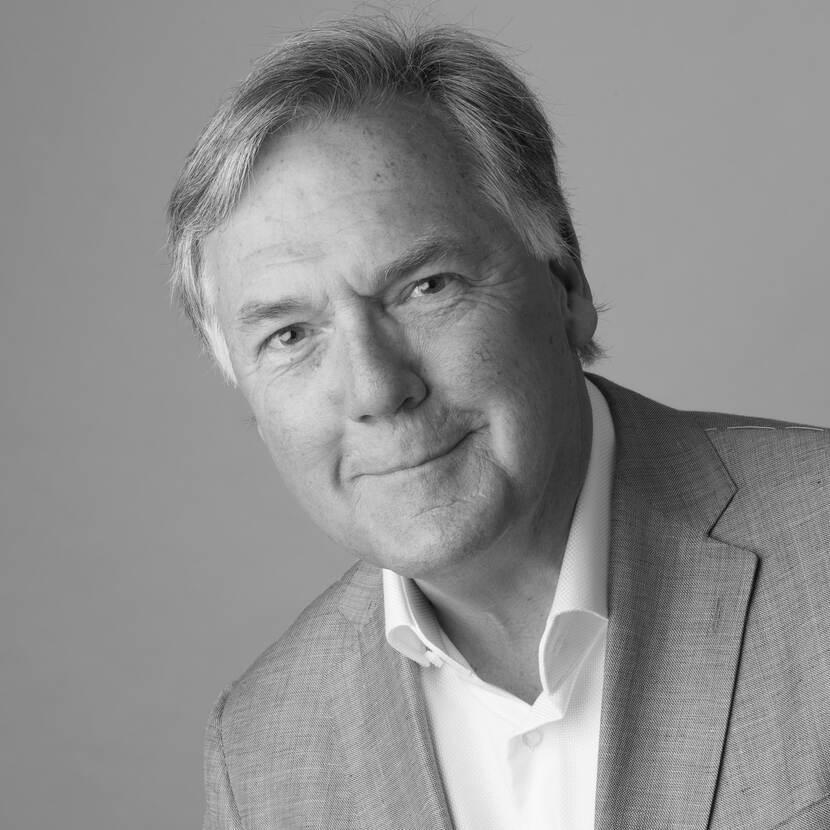 Prof. dr. P.R.J. (Robert-Jan) Simons